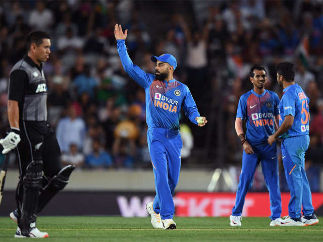 India beat New Zealand by 6 wickets in T20 opener