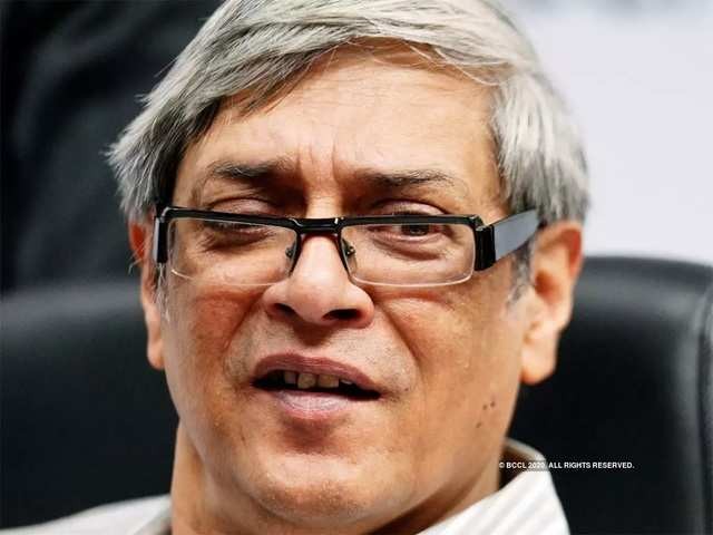 India can end up with 5% growth in FY20: Bibek Debroy