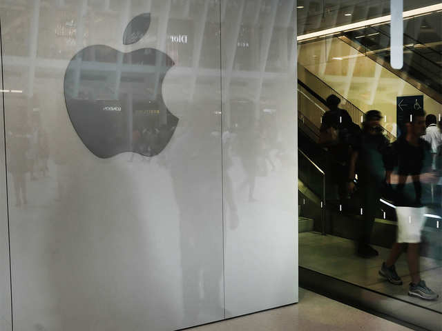 Turnaround year for apple: Analysts